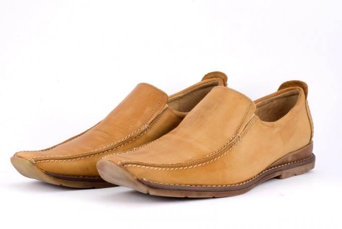 покраска обуви своими руками