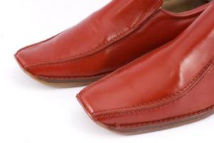 Перекраска обуви в другой цвет