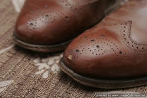 Реставрация обуви. Восстановление кожи обуви.