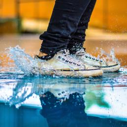Защитные пропитки для обуви и одежды
